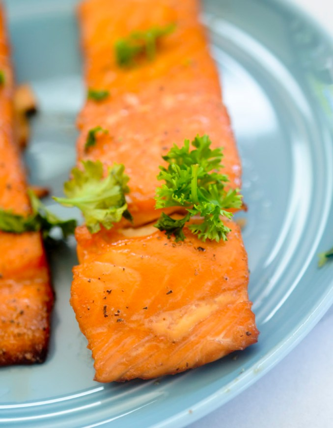 Easy Smoked Salmon - a simple rub made of brown sugar, salt, and pepper and then smoked at a low temperature of 165 degrees for only an hour!
