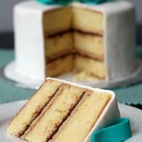 Vanilla Cake with Tiramisu Buttercream and Ganache Filling
