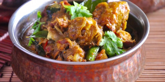 black peppper chicken curry with shallots