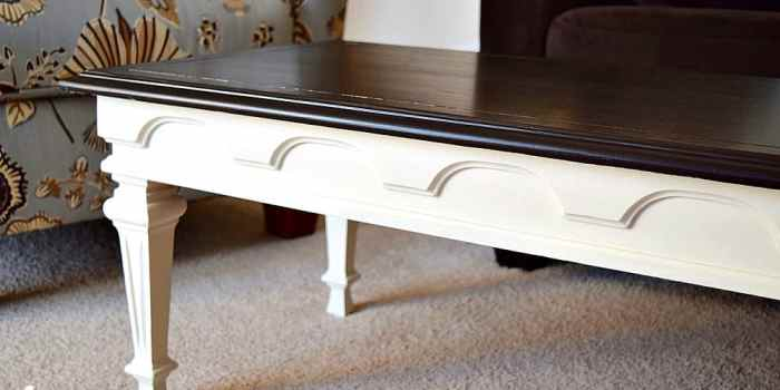 Federal Style Coffee Table
