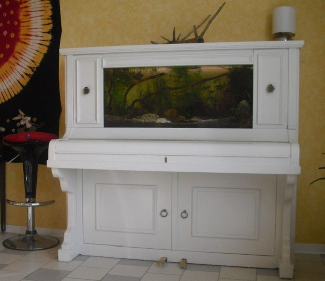 Old Piano Recycled into Aquarium Ideas   Recycled Things