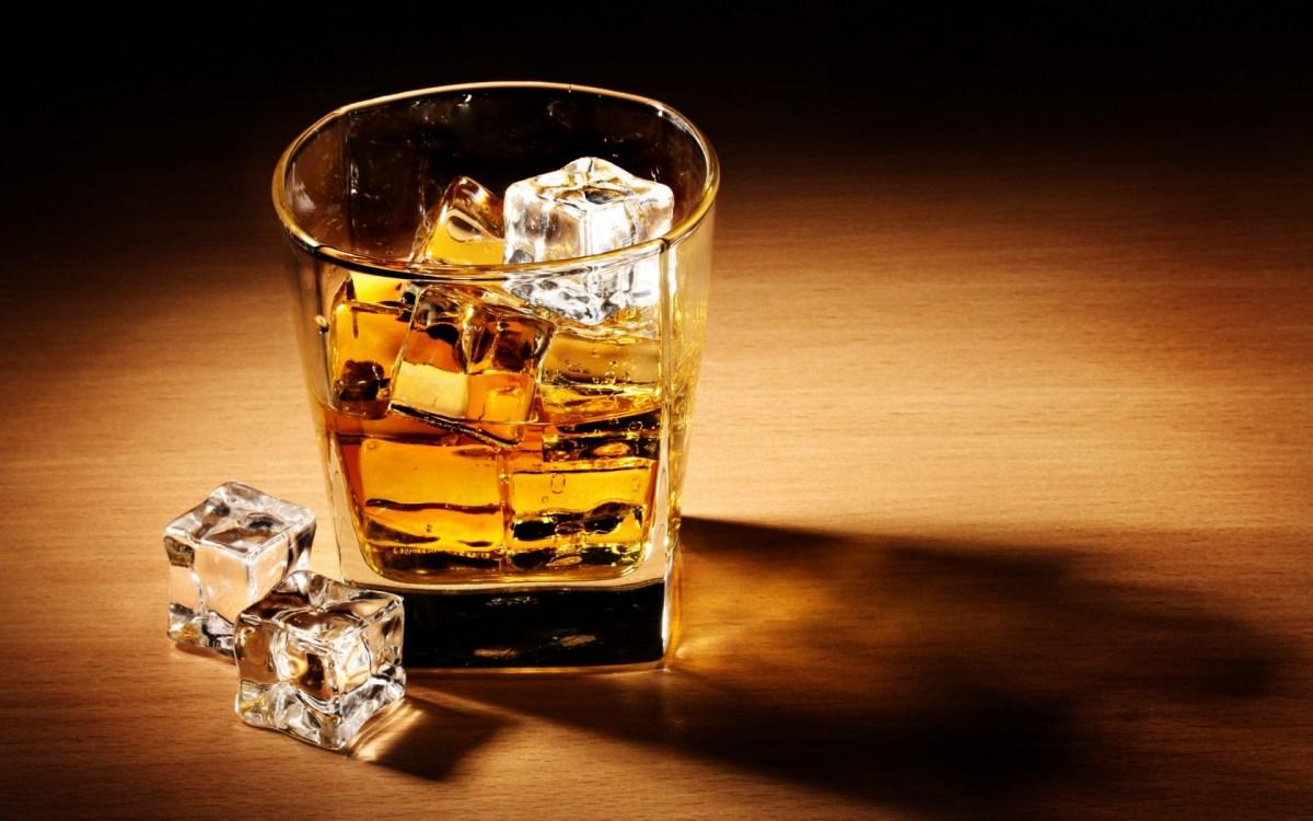 16 подарков любителям виски