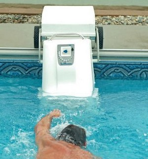 pooltreadmill small The Pool Treadmill   your very own portable swim machine