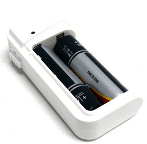 emergencyusbcharger small Emergency USB Charger   keep your USB gadgets topped up with AA batteries