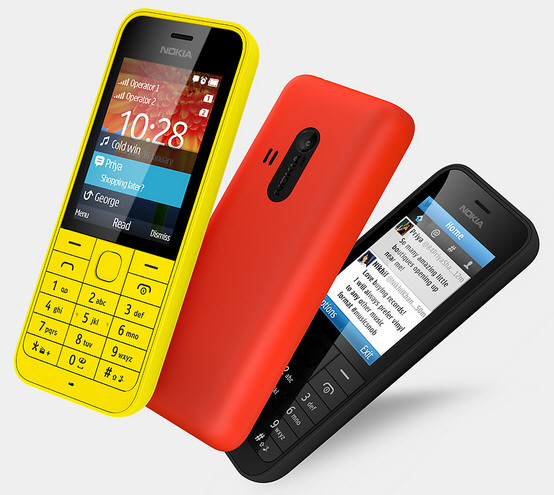 nokia220b Nokia 220   Hold the press. STOP. Old campaigner strikes back. STOP. Battle for mobile heats up again. END