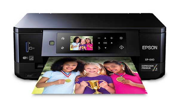 Expression Premium XP-640 – print quality photos right from your desk
