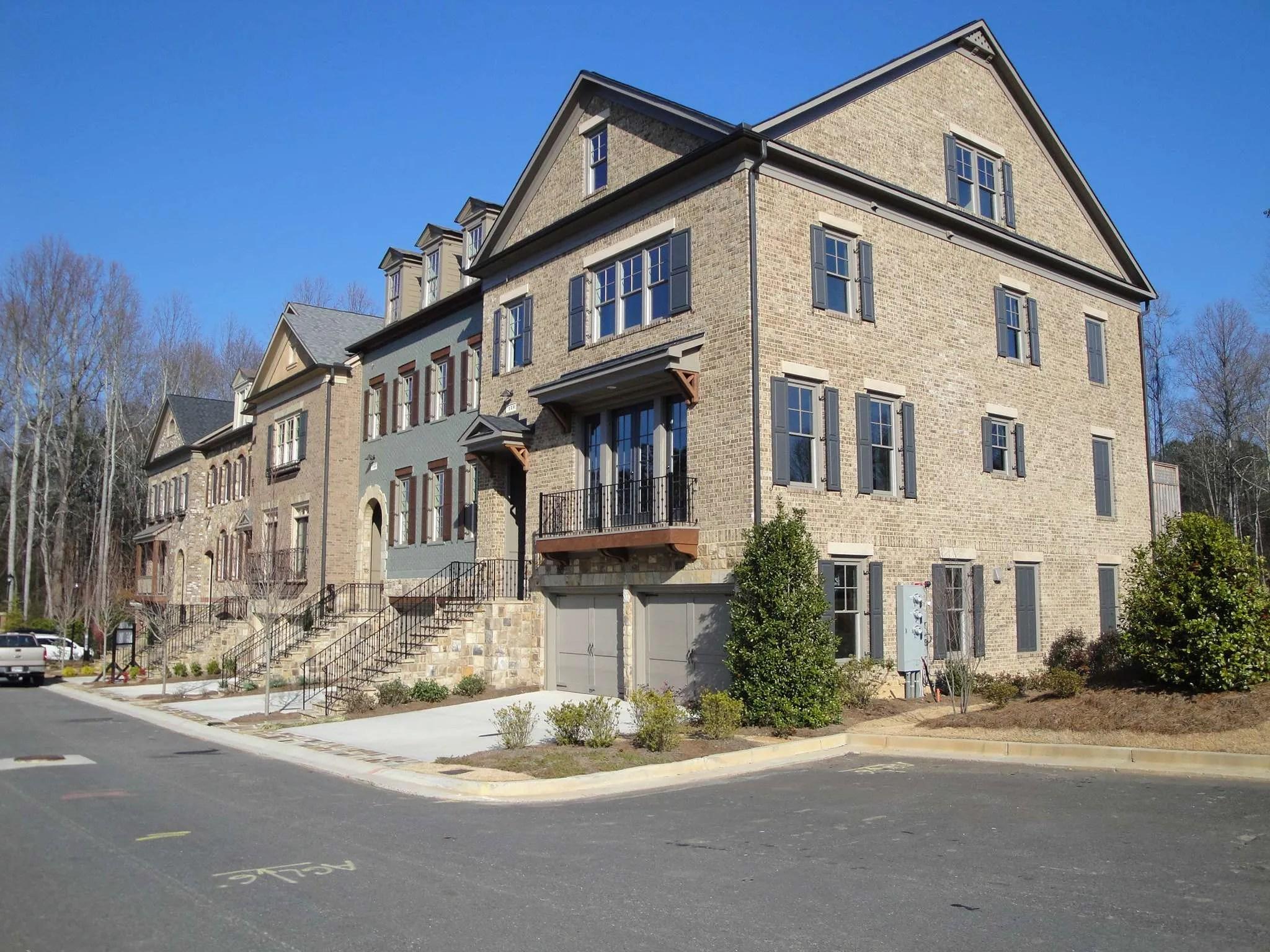 Haynes park townhomes alpharetta ga john wieland for Luxury townhomes for sale