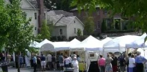 artists and other vendors in downtown Woodstock