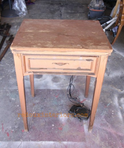 Dumpster Dove Sewing Machine table trashy tuesday redouxinteriors