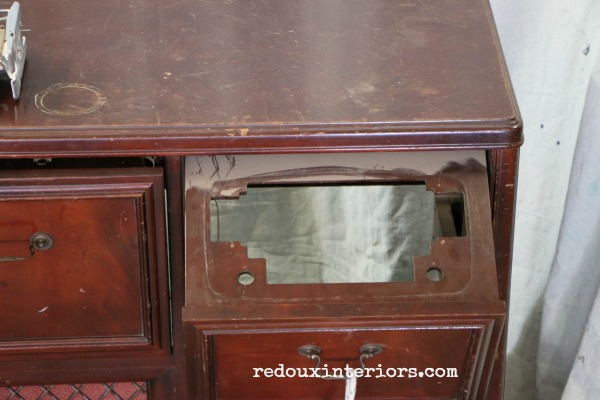 Vintage Stereo Cabinet Pull out piece redouxinteriors