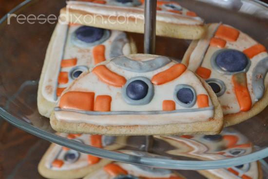 BB8 Cookies 2