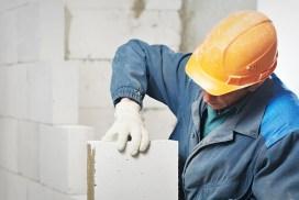 Construcción de vallas y muros