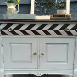 how to paint a herringbone pattern on a dresser | herringbone tutorial | painting clean lines | painted dresser with stained top