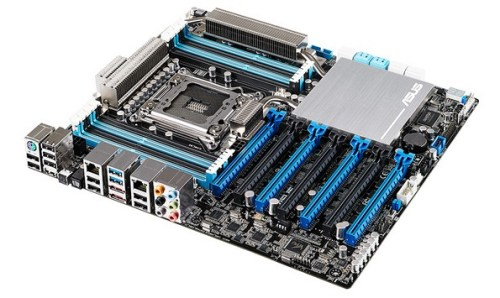 Asus P9X79 E WS, nuova Motherboard di fascia professionale