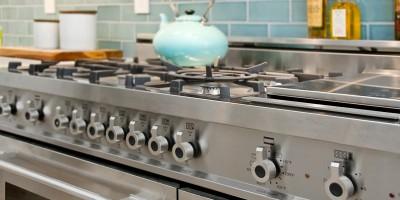 Kitchen-Bertazzoni-Range-and-Fireclay-Tile