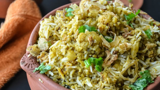 Cauliflower Biryani/ Gobi Dum Biryani