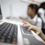 Wilmer Flores Trosel, y especificó que la pareja vendía las computadoras a través de internet.