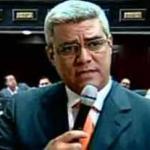 """Ricardo Sanguino:  la oposición """"no tienen interés en que el Gobierno resuelva el problema de la inmensa mayoría de las familias damnificados""""."""