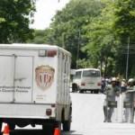 Aunque la imagen fue captada por los medios, Reverol desmintió la entrada de la furgoneta al Rodeo.