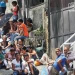 Ayer los familiares de los presos se mantuvieron en silencio ante los periodistas.