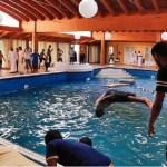 """Mundo 27 / Ago / 2011 9:30 am No hay comentarios Rebeldes descubren un """"resort"""" de los Gadafi a las afueras de Trípoli."""