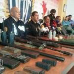"""Durante el procedimiento detuvieron al  """"Viejo San Nicolás"""", cabeciila de un grupo hamponil dedicado al robo de blindados."""
