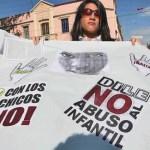 Bajo una fuerte custodia militar y policial, cientos de trabajadores públicos marcharon por el centro de Guanare para rechazar el asesinato del niño de 5 años de edad, víctima de maltrato y abuso sexual, y exigir el castigo de los responsables.