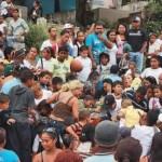 Alumnos del colegio Manuel Díaz Rodríguez estuvieron presentes en el entierro del niño asesinado.