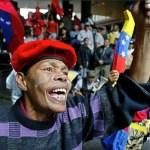Chávez no asistió a la Cumbre de las Américas en Cartagena, Colombia, debido a un tumor canceroso en la región pélvica y por razones médicas.