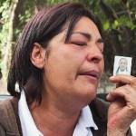 María Esther Moreno, madre de la joven, estaba inconsolable en la margue.
