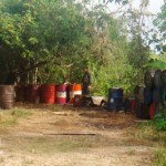 Los Rastrojos habían desarrollado todo un sistema de transporte de gasolina entre los dos países, camuflando las mangueras bajo el río Guaramito.