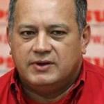 """Diosdado Cabello, aseguró este lunes que la oposición venezolana """"anda con una carta bajo la manga"""" en contra de los empleados públicos y la Fuerza Armada Nacional."""