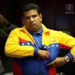 El Diputado (suplente) por Aragua Michele Reyes desenfundó un arma en plena Asamblea Nacional.