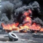 Decenas de pobladores de Orope, al norte del estado Táchira, se mantienen en las calles quemando neumáticos y obstaculizando el paso, en protesta por la muerte de un joven en un procedimiento militar ejecutado por el Ejército el martes al mediodía.
