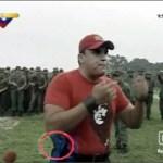 Juan Carlos Loyo, pistola en mano