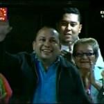 El diputado 99, Carlos Flores