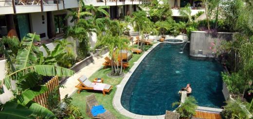 El Taj Oceanfront & Beachside Condo Hotel Playa Carmen