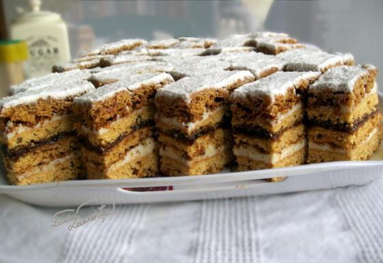 prajitura cu miere de albine 023