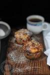 muffins cu pere si capsuni-1