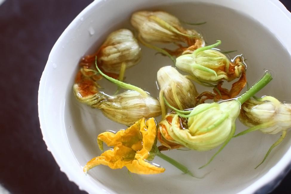 flori de dovlecel