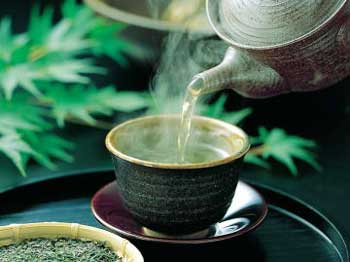 Speed-up-metabolism-with-green-tea