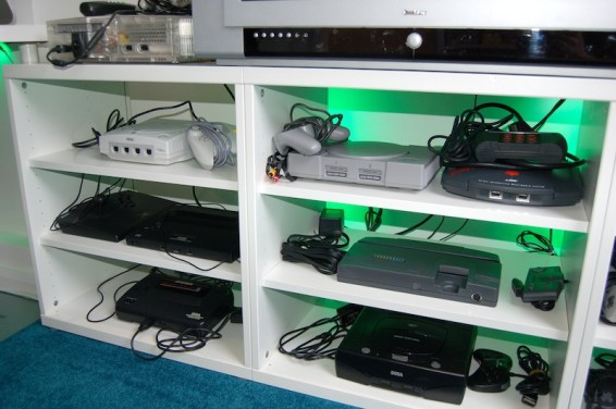 Top: Modded XBox, 1st row: Dreamcast, Playstation, Jaguar, 2nd row: Neo Geo X Gold, TurboGrafx-16, Bottom row: Master System, Saturn