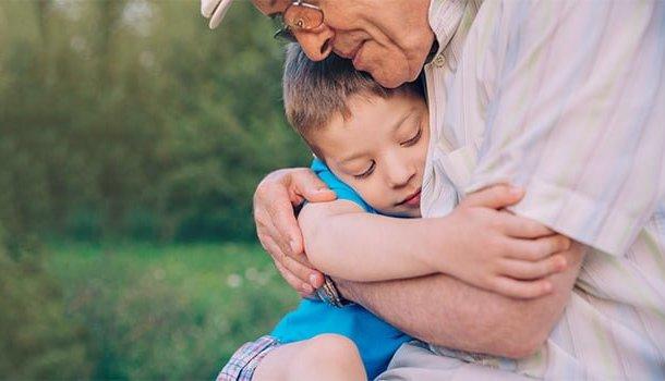 Avós não morrem. Eles vivem dentro da gente