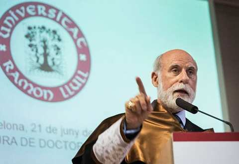 Vinton Cerf ha sido nombrado doctor honoris causa por la Universidad Ramon Llull