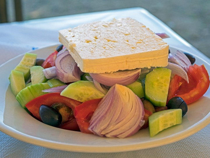 Greek salad - restaurant style