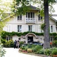 Johnny Hallyday met en vente sa propriété de Marnes-la-Coquette, était habitée à temps complet par la famille depuis 2000