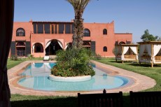villa-location-piscine-marrakech-0017