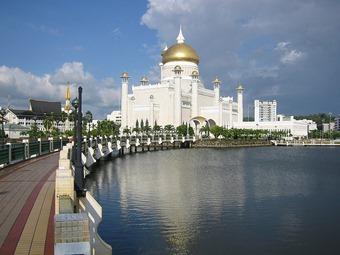 Mosque_bsb_brunei