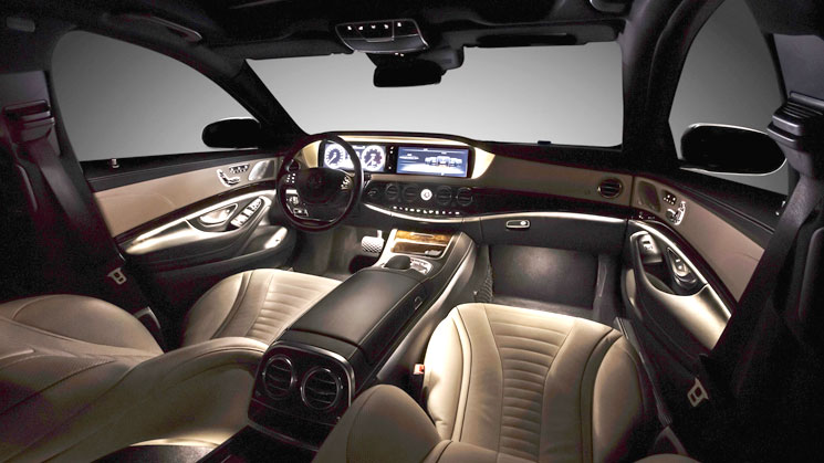 2014-Mercedes-Benz-S-Class-cockpit interior rides