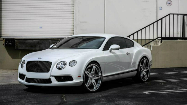 2013 White Bentley CGT RIDES
